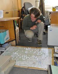 Pracovní mapa s vyznačenými lokalitami se rychle zaplnila.