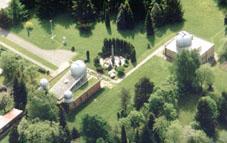 Letecký pohled na Hvězdárnu Valašské Meziříčí.