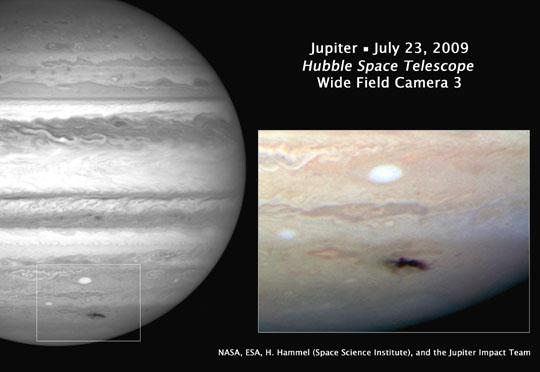 Skvrna na Jupiteru na snímku z HST