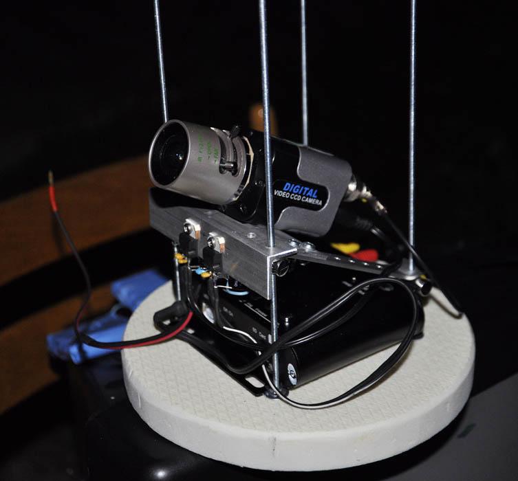 Citlivá kamera pro snímání meteorů ze stratosféry při jednom z předchozích testů. Zdroj: SOSA a Hvězdárna Valašské Meziříčí, p. o.