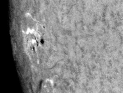 Celkový snímek Slunce v čáře CaK vápníku ze dne 20. 6. 2013 v 07:43:19 UT. Foto: Hvězdárna Valašské Meziříčí