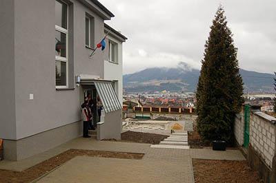 Vstup do nově rekonstruované Kysucké hvězdárny